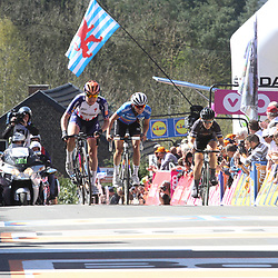 20-04-2016: Wielrennen: Waalse Pijl vrouwen: Huy  <br />HUY (BEL) cycling The Fleche Walone is the last springrace in the Womens Worldtour. eth Megan Guanier, 4th Kasia Niewiadoma and 5th Elisa Longo Borghini