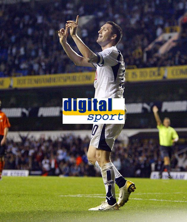 Photo: Chris Ratcliffe.<br /> Tottenham Hotspur v Slavia Prague. UEFA Cup. 28/09/2006.<br /> Robbie Keane of Spurs disagrees with the linesman.