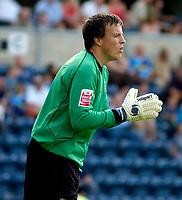 Photo: Alan Crowhurst.<br />Wycombe Wanderers v Wrexham. Coca Cola League 2.<br />05/08/2006. Wrexham keeper Michael Ingham.