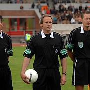 NLD/Amsterdam/20070526 - Suriprofs - Jong Oranje 2007, scheidsrechters, Edwin de Vree, Dick van Egmond en Coen Droste