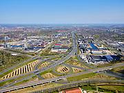 Nederland, Noord-Holland, Amsterdam; 17-04-2021; Knooppunt Amstel, Ring A10 en A2 gezien naar Watergraafsmeer. Links volktuinencomplex Amstelglorie, rechts Bedrijvenpark Zuidpark. <br /> Amstel junction, Ring A10 and A2. On the left allotment garden complex Amstelglorie, adjacent to Zuidpark Business Park.<br /> <br /> luchtfoto (toeslag op standaArd tarieven);<br /> aerial photo (additional fee required)<br /> copyright © 2021 foto/photo Siebe Swart