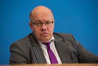 DEU, Deutschland, Germany, Berlin, 29.11.2018: Bundeswirtschaftsminister Peter Altmaier (CDU) in der Bundespressekonferenz zur Vorstellung der Gründungsoffensive.