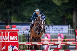 MUFF Werner (SUI), Claron<br /> Münster - Turnier der Sieger 2019<br /> PREIS DER SINNACK BACKSPEZIALITÄTEN GMBH & Co.KG<br /> CSIYH1* - Int. Jumping competition  (1.35 m/1.40 m) <br /> Youngster Cup für 7+8 jährige Pferde<br /> 02. August 2019<br /> © www.sportfotos-lafrentz.de/Stefan Lafrentz