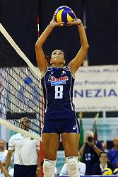 NOEMI SIGNORILE<br /> ITALIA - OLANDA<br /> AMICHEVOLE NAZIONALE FEMMINILE VOLLEY<br /> JESOLO (VE) 26-07-2013<br /> FOTO FILIPPO RUBIN
