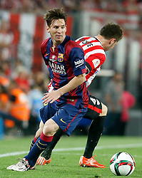 30.05.2015, Camp Nou, Barcelona, ESP, Copa del Rey, Athletic Club Bilbao vs FC Barcelona, Finale, im Bild Athletic de Bilbao's Aymeric Laporte (r) and FC Barcelona's Leo Messi // during the final match of spanish king's cup between Athletic Club Bilbao and Barcelona FC at Camp Nou in Barcelona, Spain on 2015/05/30. EXPA Pictures © 2015, PhotoCredit: EXPA/ Alterphotos/ Acero<br /> <br /> *****ATTENTION - OUT of ESP, SUI*****