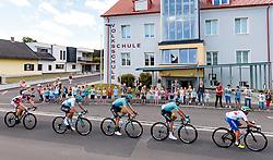 03.07.2017, Wien, AUT, Ö-Tour, Österreich Radrundfahrt 2017, 1. Etappe von Graz nach Wien (193,9 km), im Bild Peleton bei Ortsdurchfahrt von Lafnitz // Peloton at the crossroads of Lafnitz during the 1st stage from Graz to Vienna (193,9 km) of 2017 Tour of Austria. Wien, Austria on 2017/07/03. EXPA Pictures © 2017, PhotoCredit: EXPA/ JFK