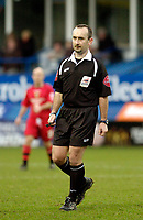 Photo: Leigh Quinnell.<br /> Luton Town v Cardiff City. Coca Cola Championship. 01/01/2007. Referee A.Wiley
