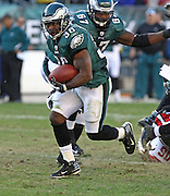 Running back Brian Westbrook runs in the game between the Philadelphia Eagles and the Atlanta Falcons at Lincoln Financial Field in Philadelphia, Pennsylvania on October 26, 2008.
