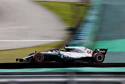 November 10, 2018 - Sao Paulo, Sao Paulo, Brazil - Nov, 2018 - LEWIS HAMILTON of Mercedes won the pole position during qualifying training of Formula One Grand Prix Brazil at the José Carlos Pace racetrack (Interlagos) in the city of Sao Paulo. Sao Paulo, Brazil, November 10, 2018. (Credit Image: © Marcelo Chello/ZUMA Wire)