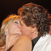 NLD/Hilversum/20120205 - Concert tbv Stichting DON, Rene froger en partner Natasja Froger - Kunst