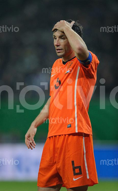 Fussball international Saison 2011 Freundschaftsspiel Deutschland - Niederlande Mark VAN BOMMEL (NED).