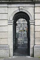 Gates at D‡il ƒireann, Kildare Street, Dublin, Ireland