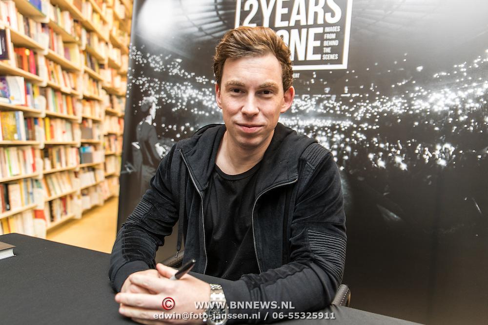 NLD/Amsterdam/20161128 - Boekpresentatie 2Years 4One van DJ Hardwell,