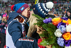 20.01.2018, Heini Klopfer Skiflugschanze, Oberstdorf, GER, FIS Skiflug Weltmeisterschaft, Einzelbewerb, Siegerehrung, im Bild Kamil Stoch (POL, Silbermedaillengewinner), mit seiner Frau Ewa Bilan // Silver medalist Kamil Stoch of Poland with his wife Ewa Bilan during Winner Award Ceremony of the individual competition of the FIS Ski Flying World Championships at the Heini-Klopfer Skiflying Hill in Oberstdorf, Germany on 2018/01/20. EXPA Pictures © 2018, PhotoCredit: EXPA/ JFK