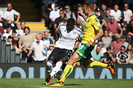 Fulham Forward Aboubakar Kamara  (l) takes on Norwich City Defender Marcel Franke (R). EFL Skybet football league championship match, Fulham  v Norwich city at Craven Cottage in London on Saturday 5th August 2017.<br /> pic by Steffan Bowen, Andrew Orchard sports photography.