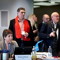 Nederland, Haarlem , 2 februari 2015.<br /> aftrap van de verkiezingscampagne voor de Provinciale Staten Verkiezingen Noord-Holland<br /> <br /> het voorstellen van van de lijstrekkers en het invullen van van de stemwijzer.<br /> Aan het woord is Remine Alberts van de SP.<br /> <br /> Foto:Jean-Pierre Jans