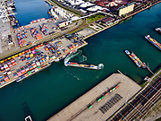 Nederland, Zuid-Holland, Rotterdam, 14-09-2019; Tweede Maasvlakte (MV2),  Hartelhaven (voorgrond), Amazonehaven, met ECT Delta Terminal(containers). <br /> Second Maasvlakte (MV2), Maasvlakte Plaza. Amazonehaven, with ECT Delta Terminal (containers) and Mississippihaven with EMO (transshipment of dry bulk, such as ore and coal).<br /> <br /> luchtfoto (toeslag op standard tarieven);<br /> aerial photo (additional fee required);<br /> copyright foto/photo Siebe Swart
