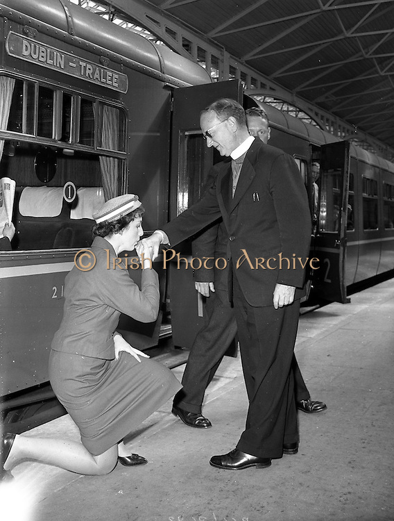 03/06/1959<br /> 06/03/1959<br /> 03 June 1959<br /> Dr. William M. Fitzgerald O.P., Auxiliary Bishop of Port-of-Spain, the capital of the Republic of Trinidad and Tobago leaving Kingsbridge station (Heuston Station, Dublin) for Tralee, Co. Kerry.