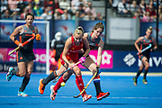 Hannah Martin. England v The Netherlands, Lee Valley Hockey and Tennis Centre, London, England on 11 June 2017. Photo: Simon Parker
