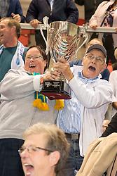 20151011 NED: Supercup Landstede Volleybal - Abiant Lycurgus,  Doetinchem<br /> De volleyballers van Lycurgus hebben op overtuigende wijze de Supercup veroverd. In Doetinchem werd landskampioen en bekerwinnaar Landstede met duidelijke cijfers geklopt: 25-16, 25-17, 25-19 / Support Zwolle en de wisselbeker