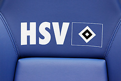 FUSSBALL: Deutschland, 1. Bundesliga, Hamburger SV, Hamburg, 21.03.2010<br /> Illustration, Trainerbank<br /> © pixathlon
