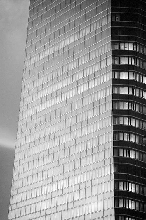 Torre de Cristal, una de las 4 torres Madrid Arena de reciente construcción en el Paseo de la Castellana, en Madrid.