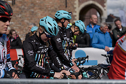 Lucy Shaw lines up in the start pen with her Drops Cycling teammates at Dwars door Vlaanderen 2017. A 114 km road race on March 22nd 2017, from Tielt to Waregem, Belgium. (Photo by Sean Robinson/Velofocus)