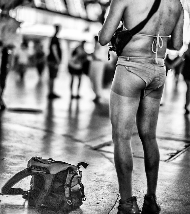 Craig W. Cutler Photography. <br /> DesignLIFE by Craig W. Cutler Photography.<br /> <br /> Capturing the life and vibe of Las Vegas, Nevada; as a vibrant urban city with lot's of action, compelling lifestyles, unique character, and where everyone simply lets go!