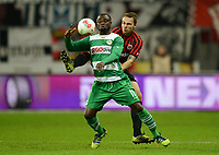 Fotball<br /> Tyskland<br /> 02.11.2012<br /> Foto: Witters/Digitalsport<br /> NORWAY ONLY<br /> <br /> v.l. Gerald Asamoah, Vadim Demidov (Frankfurt)<br /> <br /> Fussball Bundesliga, Eintracht Frankfurt - SpVgg Greuther Fürth