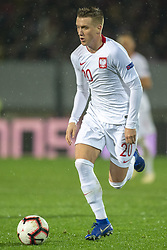 November 20, 2018 - Guimaraes, Portugal - Piotr Zielinski of Poland controls the ball during the UEFA Nations League A Group 3 match between Portugal and Poland at Estadio D. Afonso Henriques in Guimaraes, Portugal on November 20, 2018  (Credit Image: © Andrew Surma/NurPhoto via ZUMA Press)