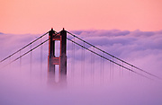 best-America-photos-and-prints-online-by-Wells-Imagery, Image of the Golden Gate Bridge in San Francisco, California, America west coast by Randy Wells