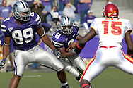 Kansas State running back James Johnson (8) looks up field between tight end Rashaad Norwood (89) and Iowa State linebacker Alvin Bowen (15) at Bill Snyder Family Stadium in Manhattan, Kansas, October 28, 2006.  The Wildcats beat the Cyclones 31-10.<br />