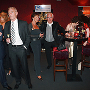 NLD/Mijdrecht/20070901 - Modeshow Jaap Rijnbende najaar 2007, bezoekers en klanten