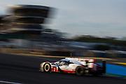 June 13-18, 2017. 24 hours of Le Mans. 2 Porsche Team, Brendon Hartley, Timo Bernhard, Earl Bamber, Porsche 919 Hybrid, LMP1