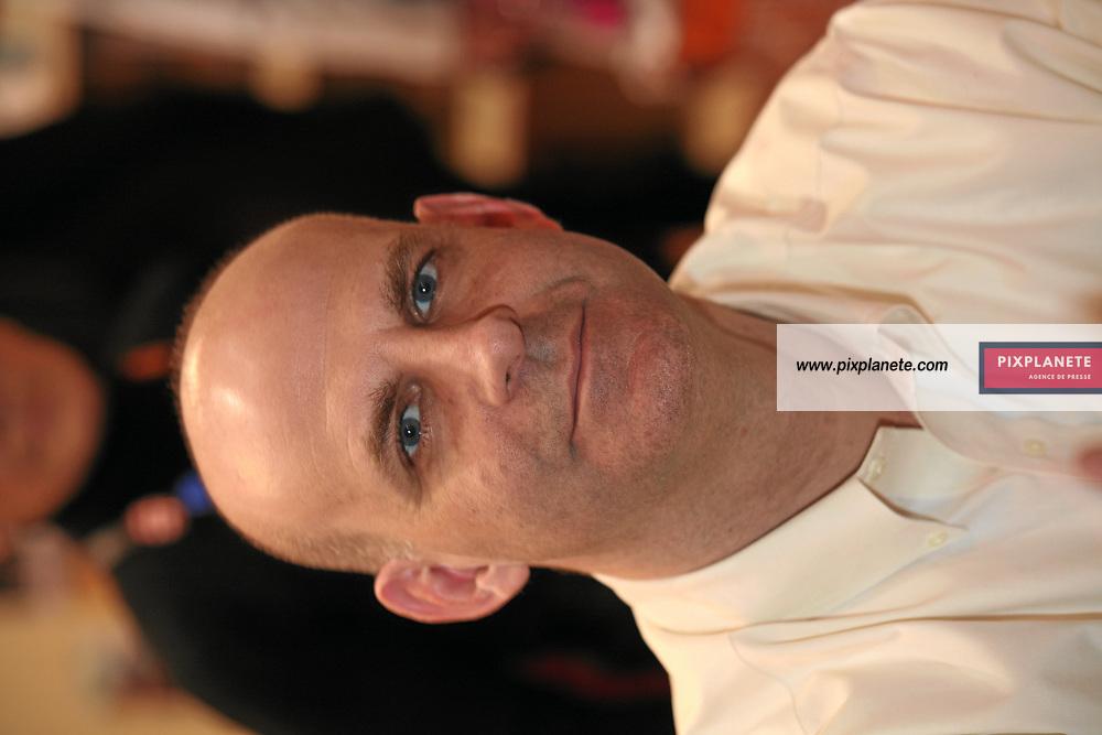 Harlan Coben - Salon du livre 2007 - Paris, le 24/02/2007 - JSB / PixPlanete