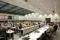26 JUN 2003, BERLIN/GERMANY:<br /> Uebersicht Sitzungssaal, Oeffentliche Anhoerung des Bundestagsausschusses fuer Gesundheit und Soziale Sicherung, SPD Fraktionssaal, Deutscher Bundestag<br /> IMAGE: 20030626-01-045<br /> KEYWORDS: Öffentliche Anhörung, Sitzung, Übersicht