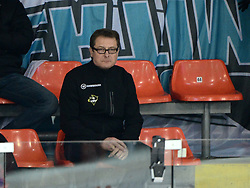 24.02.2013, Keine Sorgen Eisarena, Linz, AUT, EBEL, EHC Liwest Black Wings Linz vs EC VSV, Playoff best of seven, 1. Runde, im Bild Hannu Jaervenpaeae, Trainer (EC VSV, #) // during the Erste Bank Icehockey League playoff best of seven 1st round between EHC Black Wings Linz and EC VSV at the Keine Sorgen Icearena, Linz, Austria on 2013/02/24. EXPA Pictures © 2013, PhotoCredit: EXPA/ Reinhard Eisenbauer