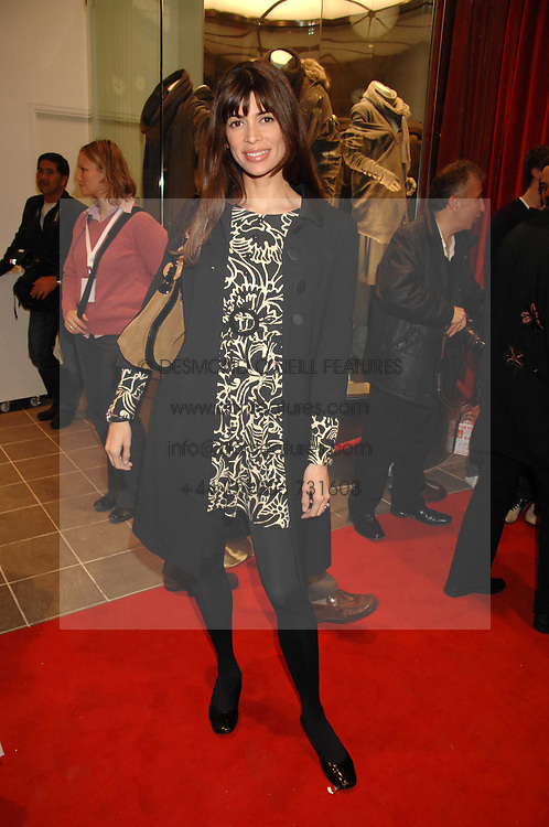 LISA BILTON at a party to celebrate the opening of the new Uniqlo store at 331 Oxford Street, London W1 on 6th November 2007.<br /><br />NON EXCLUSIVE - WORLD RIGHTS