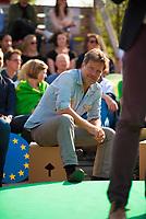 DEU, Deutschland, Germany, Berlin, 24.05.2019: Dr. Robert Habeck, Bundesvorsitzender von BÜNDNIS 90/DIE GRÜNEN, beim Startschuss zum Wahlkampf-Endspurt von BÜNDNIS 90/DIE GRÜNEN zur Europawahl im Osthafen.