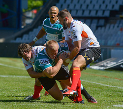 Marius Fourie of the Griquas and Niel Marais(right) and Francois Venter of the Free State Cheetahs  during the Currie Cup Premier division match between the The Free State Cheetahs and Griquas held at Toyota Stadium (Free State Stadium), Bloemfontein, South Africa on the 1st October 2016<br /> <br /> Photo by:   Frikkie Kapp / Real Time Images