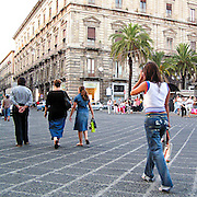 Via Etnea, la via principale di Catania...Via Etnea , the main street of Catania
