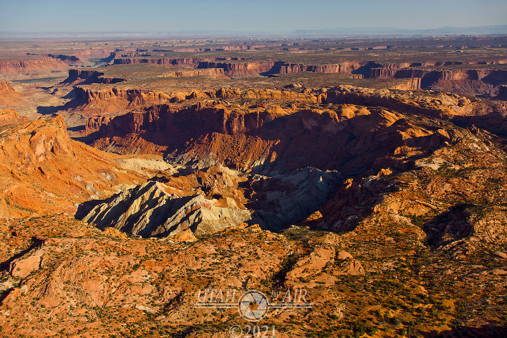 Upheaval Dome, a complex meteorite impact crater