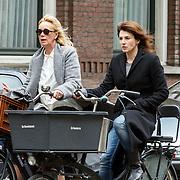 20150525 Kim van Kooten fietsend