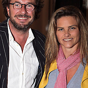 NLD/Naarden/20080401 - Het Arsenaal van jan des Bouvrie bestaat 15 jaar, Judith Wiersma en partner Herman Heinsbroek