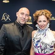 NLD/Utrecht/20160921 - inloop Openingsavond NFF 2016: première DE HELD, Loek Peters en partner Ilse Heus