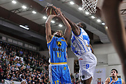 DESCRIZIONE : Campionato 2014/15 Dinamo Banco di Sardegna Sassari - Vanoli Cremona<br /> GIOCATORE : Nicola Mei<br /> CATEGORIA : Tiro Penetrazione Stoppata<br /> SQUADRA : Vanoli Cremona<br /> EVENTO : LegaBasket Serie A Beko 2014/2015<br /> GARA : Dinamo Banco di Sardegna Sassari - Vanoli Cremona<br /> DATA : 10/01/2015<br /> SPORT : Pallacanestro <br /> AUTORE : Agenzia Ciamillo-Castoria / Luigi Canu<br /> Galleria : LegaBasket Serie A Beko 2014/2015<br /> Fotonotizia : Campionato 2014/15 Dinamo Banco di Sardegna Sassari - Vanoli Cremona<br /> Predefinita :