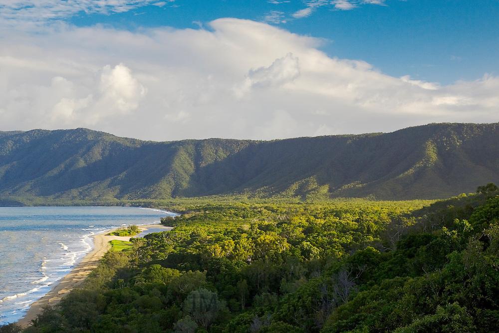 Rex lookout, Captain Cook Highway, Queensland coastline and rainforest, Australia