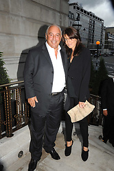 SIR PHILIP GREEN and CLAUDIA WINKLEMAN at the Harper's Bazaar Women of the Year Awards 2008 at The Landau, The Langham Hotel, Portland Place, London on 1st September 2008.<br /> <br /> NON EXCLUSIVE - WORLD RIGHTS