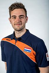10-05-2017 NED: Selectie Nederlands volleybal team mannen 2017, Arnhem<br /> Op Papendal werd de selectie gepresenteerd / Rick van Baar, videoscout