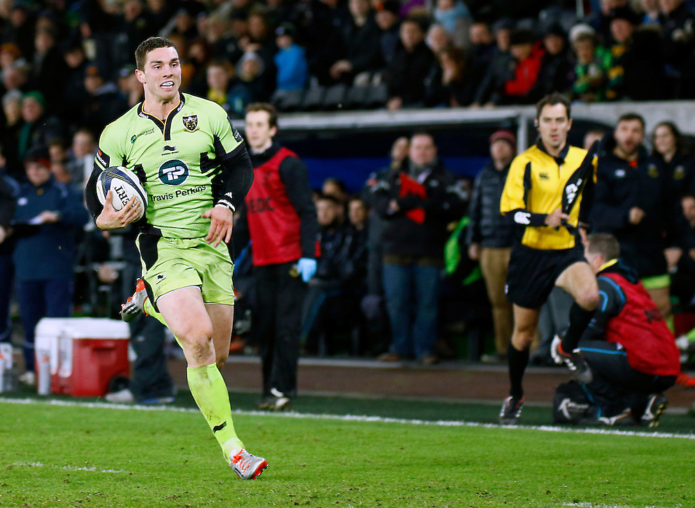 Northampton Saints George North breaks through to score his sides second try <br /> <br /> Photographer Simon King/CameraSport<br /> <br /> Rugby Union - European Rugby Champions Cup - Pool 5 - Ospreys v Northampton Saints - Sunday 18th January 2015 - Liberty Stadium - Swansea<br /> <br /> © CameraSport - 43 Linden Ave. Countesthorpe. Leicester. England. LE8 5PG - Tel: +44 (0) 116 277 4147 - admin@camerasport.com - www.camerasport.com